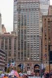 NEW YORK, NEW YORK - 30. DEZEMBER 2013: New- Yorkstadtbild Das MetLife-Gebäude ist ein Wolkenkratzer mit 59 Geschichten bei 200 P Lizenzfreie Stockfotografie