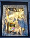 NEW YORK - NOVEMBER 18, 2014: Spectators view holiday window display at Bergdorf Goodman in NYC Royalty Free Stock Images