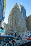 New York, NY/Etats-Unis - f?v. 26, 2019 : La vue verticale du bâtiment de point de repère, Broadway 1501, savent également comme  images libres de droits
