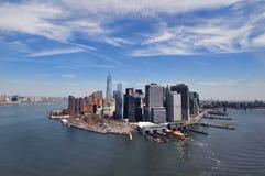 NEW YORK, NY, EUA: Vista aérea do Manhattan do centro em New York Imagem de Stock Royalty Free