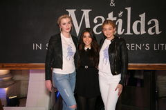 NEW YORK NY - MAJ 19: Madison Beer (c) och modeller på de Ralph Lauren Fall 14 barnens modeshow Arkivfoto