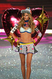 NEW YORK, NY - NOVEMBER 13: Model Ieva Laguna walks the runway at the 2013 Victoria's Secret Fashion Show Royalty Free Stock Image
