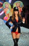 NEW YORK, NY - NOVEMBER 13: Model Kasia Struss walks in the 2013 Victoria's Secret Fashion Show Royalty Free Stock Photos