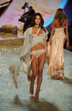 NEW YORK, NY - NOVEMBER 13: Model Lily Aldridge walks the runway at the 2013 Victoria's Secret Fashion Show Royalty Free Stock Photography