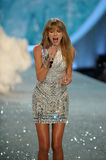 NEW YORK, NY - NOVEMBER 13: Singer Taylor Swift performs at the 2013 Victoria's Secret Fashion Show Stock Photography