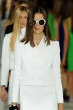 NEW YORK, NY - 12 SEPTEMBER: De modellen lopen het baanfinale bij de Ralph Lauren-modeshow Royalty-vrije Stock Fotografie