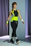 NEW YORK, NY - 03 SEPTEMBER: Een model loopt de baan tijdens de Athleta-Baan toont Royalty-vrije Stock Foto