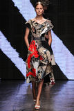 NEW YORK, NY - SEPTEMBER 08: Model Elisabeth Erm walks the runway at Donna Karan Spring 2015 fashion collection Royalty Free Stock Photography