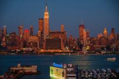 NEW YORK NY - SEPTEMBER 15, 2016: Sikt av MidtownManhattan horisont Arkivbild