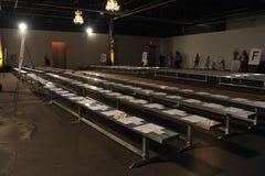 NEW YORK, NY - 5 SETTEMBRE: Posti vuoti pronti per la sfilata di moda premio 2013 della primavera del denim di DL 1961 Immagini Stock