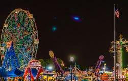 New York NY, USA - Juli 8, 2018: Mirakel- rulla in Coney Island Luna Park, Brooklyn, New York arkivbild