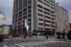 New York, NY/Vereinigte Staaten - Mrz 24 2019: Vertikale Ansicht des orthopädischen Krankenhauses NYU Langone, früher bekannt als stockfoto