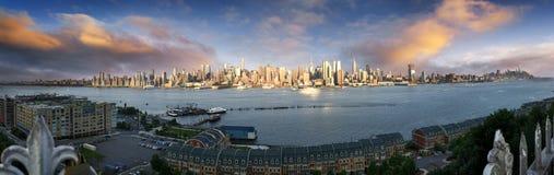 New York panoramisch lizenzfreie stockfotos