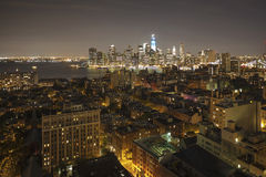 New York par la nuit - nouveau WTC dans le bleu Image libre de droits