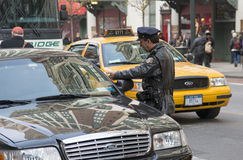 New York policeman and motorist Stock Photo