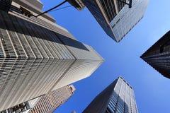 New York que olha acima Fotografia de Stock Royalty Free