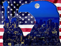 New York 's nachts - Patriottische symbolen royalty-vrije stock afbeeldingen