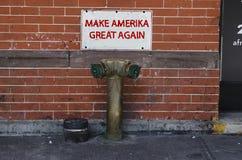 New York - 22 septembre 2016 : slogan contre l'atout à New York Images stock