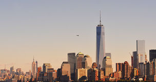 New York sikt från statyn av frihet Arkivbilder