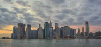 New york skyline. Skyline new york city en brooklyn bridge vieuw from brooklyn in Royalty Free Stock Photos