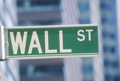 New York Stock Exchange gatatecken, Wall Street, New York City, NY Royaltyfri Fotografi