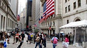 New York Stock Exchange lokaliserade på Wall Street på det finansiella området i lägre Manhattan Arkivbild