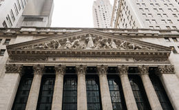 New York Stock Exchange sign, Corinthian columns, and sculpted p Royalty Free Stock Photography
