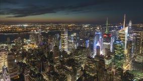 New York, U.S.A. - 28 giugno 2018: Lasso di tempo di New York alla sera di estate stock footage