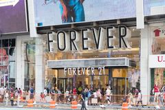 Forever 21 clothing store in New York city. New York, United States, August 18, 2018:Forever 21 clothing store in New York city. Summer sale season, view of royalty free stock images