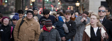 NEW YORK, USA - DECEMBER 11, 2011 - City streets are crowded of people for xmas Royalty Free Stock Photos