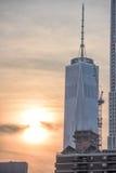 NEW YORK - USA - 13 gamla JUNI 2015 och nybyggen i manhattan Royaltyfri Bild
