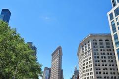 New York, USA - 19. Juni 2017 - ein New- York Citymarkstein, das flache Eisen-Gebäude Stockfotografie