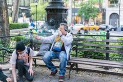 NEW YORK USA - JUNI 3, 2018: Manhattan gataplats Facklig fyrkantig Park arkivbild