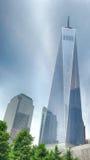 NEW YORK - USA - 13 JUNI 2015 personer nära frihetstorn och 9/11 Royaltyfri Foto