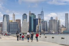 Tourists visiting the Brooklyn Bridge Park royalty free stock images