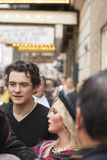 NEW-YORK, USA - OCTOBER 9: Orlando Bloom accompanied young blond Royalty Free Stock Image