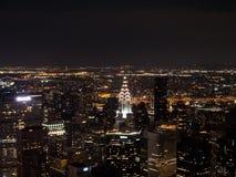 NEW YORK USA - SEPTEMBER 3, 2017: Nattsikt av Manhattan med royaltyfri bild