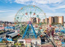 NEW YORK, USA - SEPTEMBER 26, 2017: Wonder wheel at Coney island Stock Images