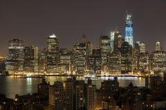New York vid natten - ny WTC i blue Royaltyfri Bild