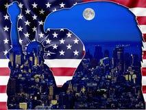 New York vid natten - patriotiska symboler Royaltyfria Bilder