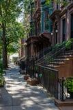New York, ville/Etats-Unis - 10 juillet 2018 : Vieux bâtiments de Brooklyn H Images libres de droits