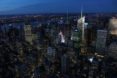 New York - vista dello stato dell'impero alla notte Fotografia Stock