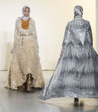 New- Yorkmode-Woche FW 2017 - Sammlung Anniesa Hasibuan Lizenzfreies Stockbild