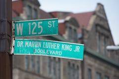 New- Yorkstraßenschild: Martin Luther King Lizenzfreie Stockfotos