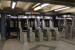 New- Yorkuntergrundbahn-Ticketstand lizenzfreie stockfotos