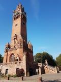 Newaldturm del ¼ de Grà - Forest Tower verde de un bick rojo fotos de archivo