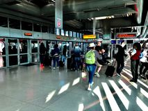 Newark lotniska powietrza pociąg zdjęcie stock
