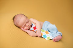 Newborn Baby Sleeping on Blanket Royalty Free Stock Photos