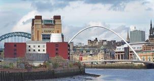 Newcastle na Tyne, Anglia, Zjednoczone Kr?lestwo Gateshead milenium most zdjęcie stock