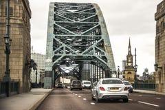 Newcastle på Tyne i England, Förenade kungariket och Tyne Bridge arkivfoton
